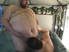 chubby sucked in jacuzzi