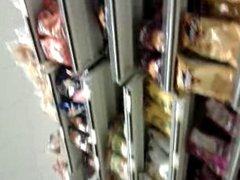 upskirt pretty lady in supermarket