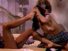 Asia Carrera gets feet worshipped