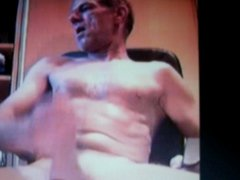 dad with huge bull bollocks and huge dick on cam