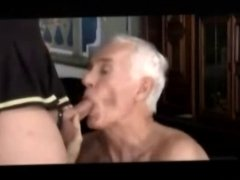TRANNY gave an tasty cum in mouth GRANDPA
