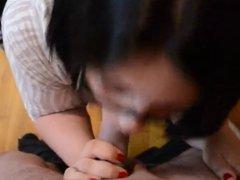 Amateur girlfriend eat cum from the condom