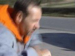 Une Milf Allemande se fait demonter par des kidnapper