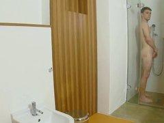 Lucie Wilde - Hot shower