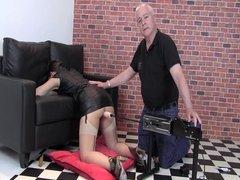 Tim demonstrates the fucking machine