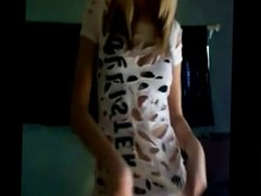 Perfect teen blonde streeptease on webcam