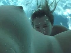 Under Water Lesbian Pussy Licking Oral