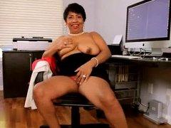 Granny Izabel R20
