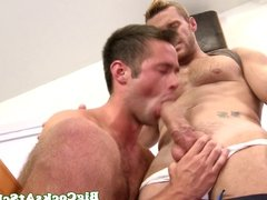 Muscled jock Landon Conrad loves to suck and getting sucked