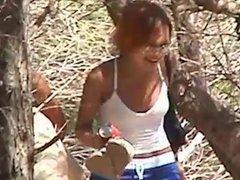 Spycam,zwei Maedchen heimlich am Strand gefilmt
