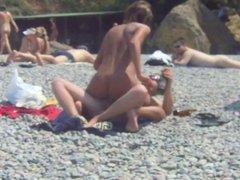 Russian couple fuck on beach