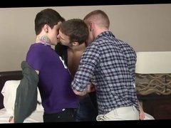 Tres heteros curiosos
