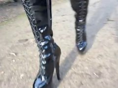 8 in heels outdoor