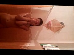en la ducha con Karen