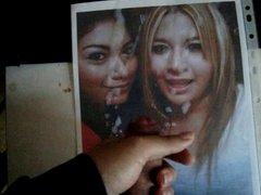 tributo nuevo en la misma foto con su hermana