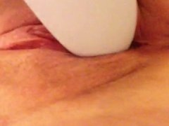Amateur Teen Louise dildo play and tries tries bottle