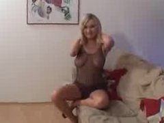 Nice Blond in DP