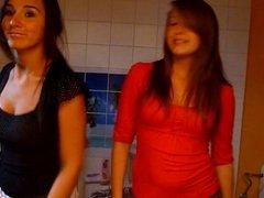 Dutch teens dancing