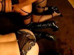 les dames s amusent en soiree privee