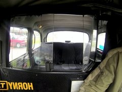 HornyTaxi Stunning thief pays the price