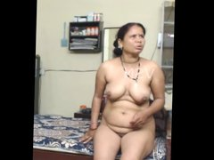 Indian Aunty 1295