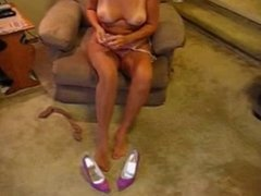 Mature woman gives sloppy blowjob cheating on her hubby