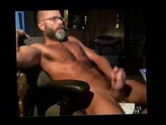 Hard-bodied daddy's webcam jack-off