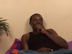 Curvy slut Janae Foxx deep throats black cock on the sofa