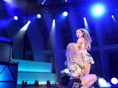 Jennifer Lopez & Iggy Azalea - Booty LIVE