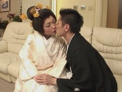 Sexy Japanese girl loves scuking hard cock