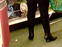 Voyuer Boots n Tights 2