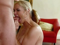 Sarah Vandella amazing throat...bd32