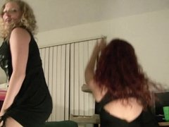 white girls shaking ass 2