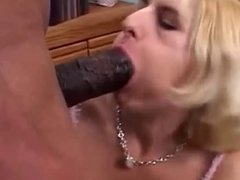 Inserts his big dick in her mouth blonde