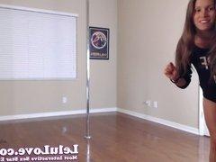 WEBCAM: Poledancing Stripping Pussy Closeups