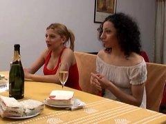 Amigas que desconocian sus gustos (movie)