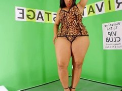Jean, Jada Gemz, Kendra Kouture & 10 More Strippers