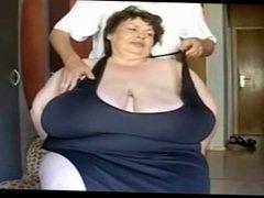 Huge tits massage