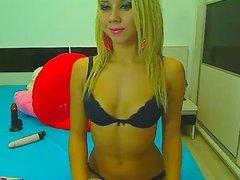 Web sexy blonde