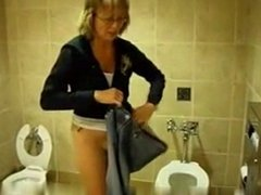Blond Mature in a public place R20