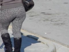 Mature Ass 15 leggins (Q-lona)