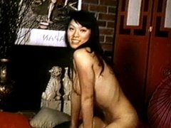 JAPANESE BEAUTY - vintage nylons striptease stockings