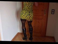Crossdresser - Transe - Sexy Tanz - Stiefel - Strapse
