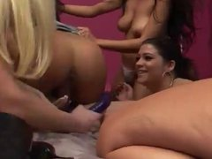 Six Sexy Slutty Lesbians Fuck Each Other On A Bed