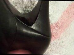 cum om leather boot