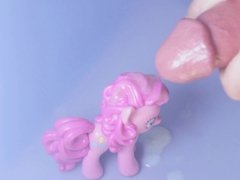 Pinky Pie Plastered