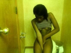 Gorgeous Ebony Teen cumming hard selfshot