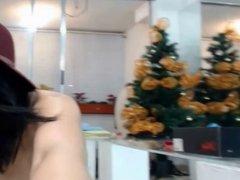 Nena sexy de Colombia muestra su blanco cuerpo desnudo