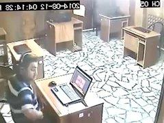 internet kafede 31 cekerken yakalanmak