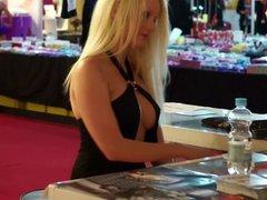 Bella Blond Venus 2013